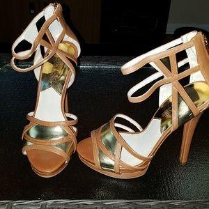 Michael Kors tan and gold heels